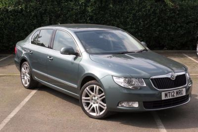 Skoda Superb 2.0 TDI CR 170 Elegance 5dr DSG Hatchback Diesel Green at Lightcliffe ŠKODA Warrington