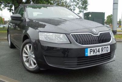 Skoda Octavia 1.6 TDI CR S 5dr Hatchback Diesel Black at Lightcliffe ŠKODA Warrington