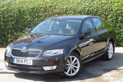 Skoda Octavia 1.6 TDI CR Elegance 5dr DSG Hatchback Diesel Black at Lightcliffe ŠKODA Warrington
